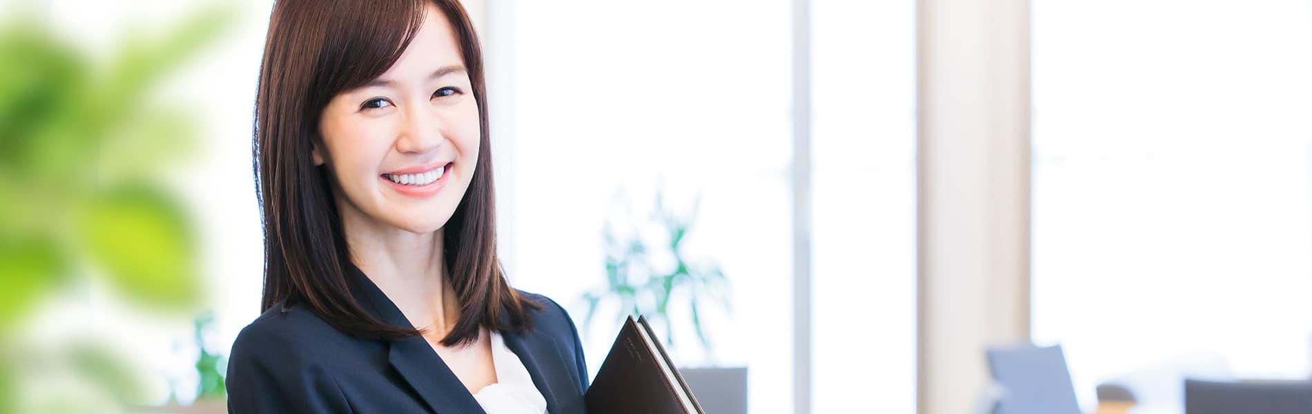 AIstartは企業のAI導入を支援するサービスです